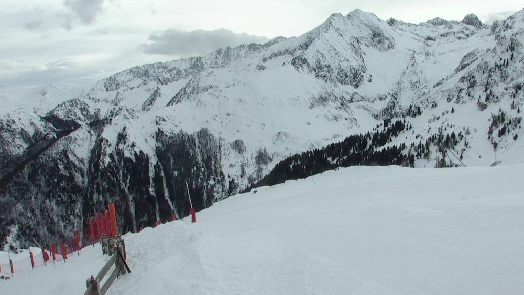 Webcam Vue de la piste bleue du sommet du Picou